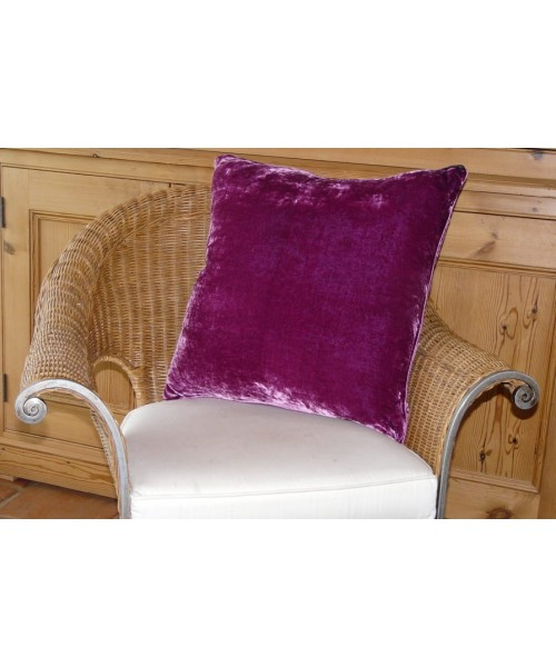 Cushion Silk Velvet Berry