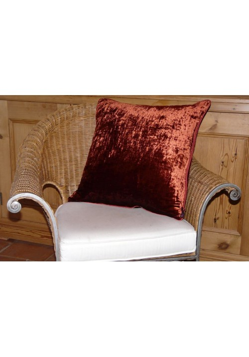 Cushion Silk Velvet Dark Berry