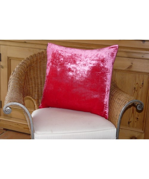 Cushion Silk Velvet Raspberry